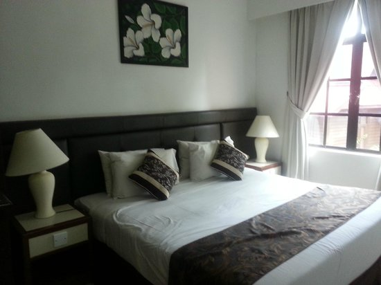 Holiday Villa Beach Resort & Spa Cherating : Family suite master room