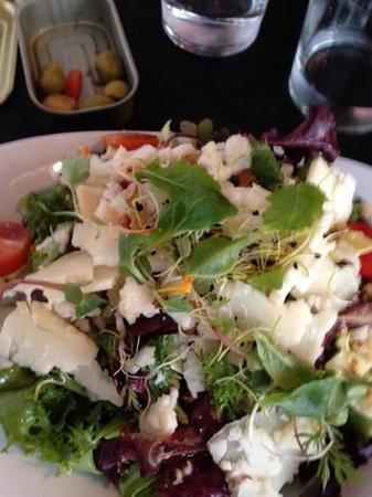 ALBALÁ: salad