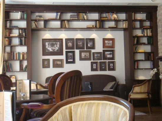 von Stackelberg Hotel Tallinn: spazi comuni - libreria nella hall