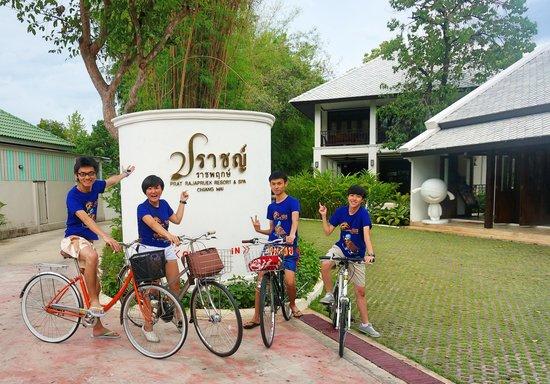 Prat Rajapruek Boutique & Spa Resort : Bike Riding,