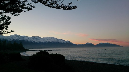 The White Morph Heritage Boutique Collection: Sunset at Kaikoura July 2013