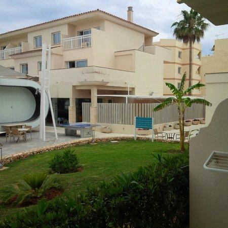 Aparthotel & Hotel Isla de Cabrera: View from room