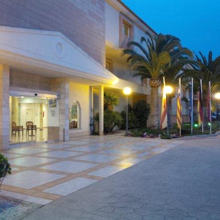 Aparthotel & Hotel Isla de Cabrera: Hotel entrance
