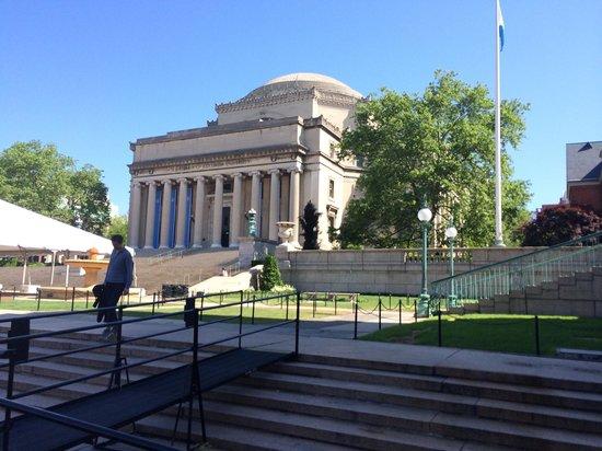 Columbia University: Library.