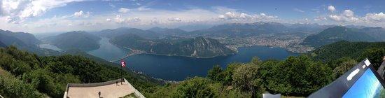 Belvedere della Sighignola: Foto Panoramica della Vista dal Balcone d'Italia