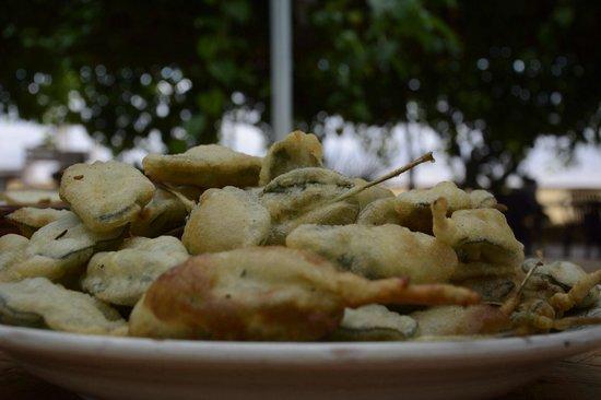 Gli Aromi Sicily: Salvia in pastella.