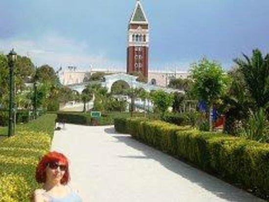 Venezia Palace Deluxe Resort Hotel: Местность