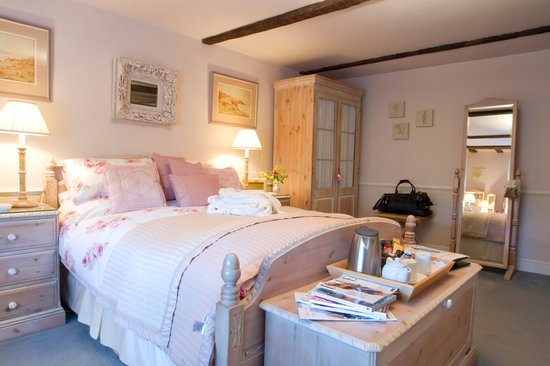 Solley Farm House: Rose room
