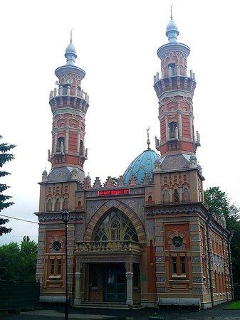 Mukhtarov Mosque (Sunnitskaya)