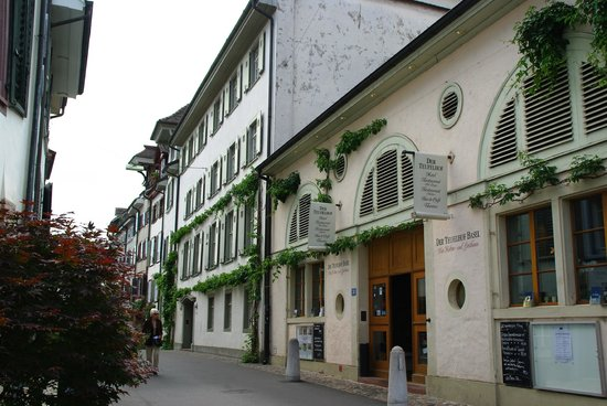 Der Teufelhof Basel: der Eingang in den alten Gassen Basels