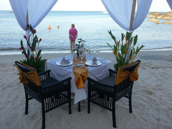 The beach club Restaurant Bar & Grill : Private Dinner on the beach