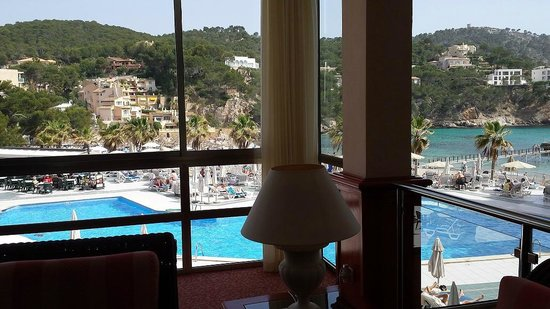 Grupotel Playa Camp de Mar: Pool View from reception