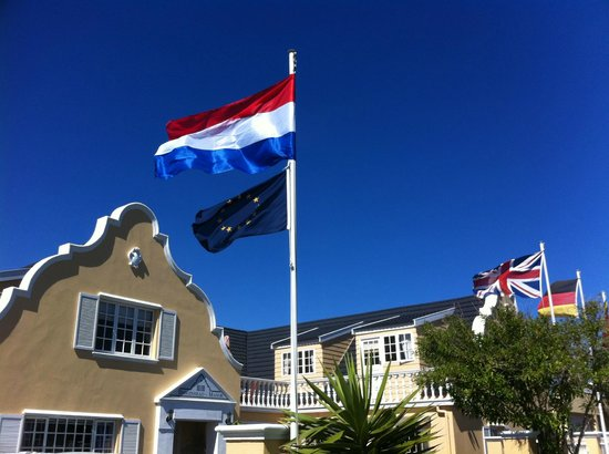 Birkenhead Manor Boutique Guest House: We speak dutch, english, german, french, afrikaans, russian