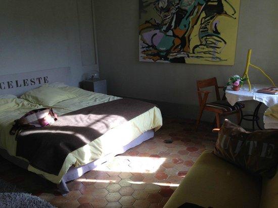 """Chateau d'Uzer: Une suite """"Céleste"""" un lit super!"""