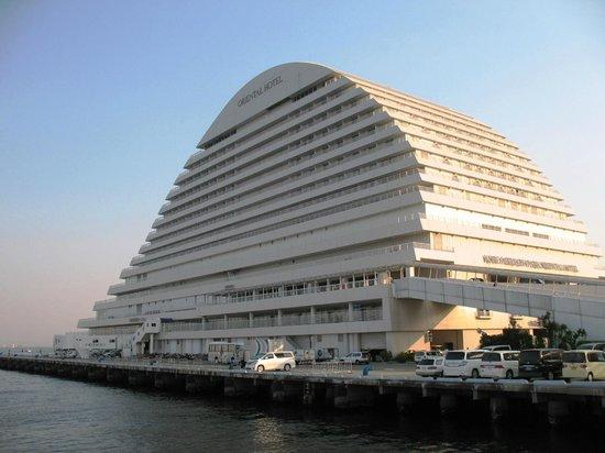 Meriken Park Oriental Hotel