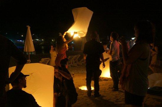 The Racha: Thai lantern