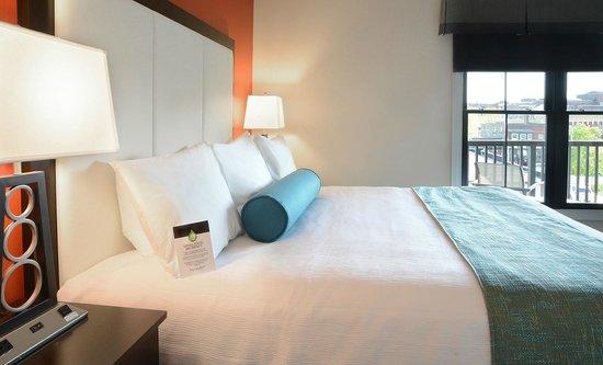 King Size Bed Picture Of Pavilion Grand Hotel Saratoga Springs Tripadvisor