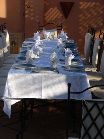 Riad Anya : La table du petit dejeuner