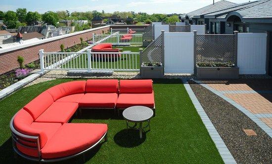 Pavilion Grand Hotel: Penthouse Rooftop Garden