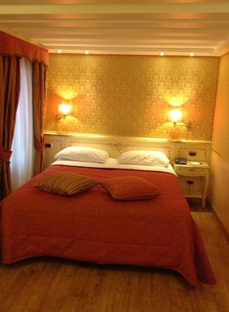 Best Western Hotel Olimpia: bed room