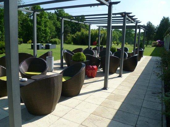 Domaine de Barive : La terrasse du jardin