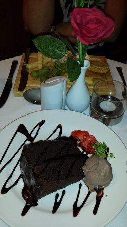 dessert at Swallow Falls Hotel