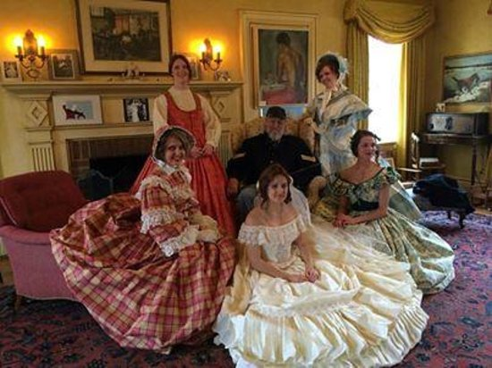 Battle Lake, MN: Civil War era dresses at Prospect House tea