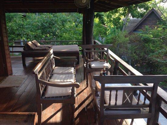 Sensi Paradise : Terrace in deluxe bungalow