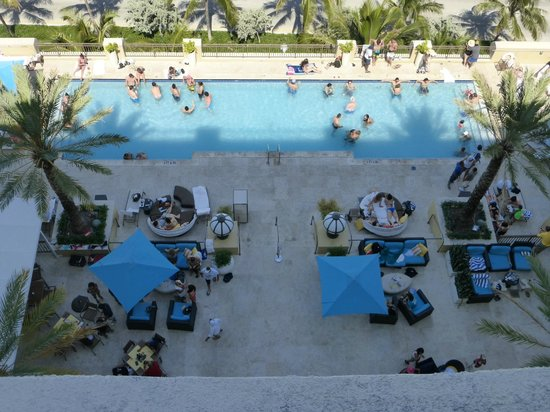 The Atlantic Hotel & Spa: Looking down at the pool area from our balcony