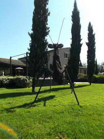 Hotel du Chateau: Jardín del hotel