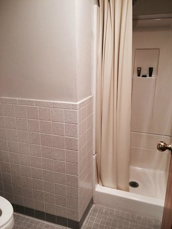 Ihg Army Hotels On Fort Carson Colorado Inn Picture Of Small Bathroom And Shower Stall