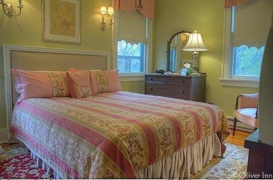 The Oliver Inn: Vincent Bendix Room