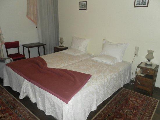 Alegre Hotel Bussaco: quarto