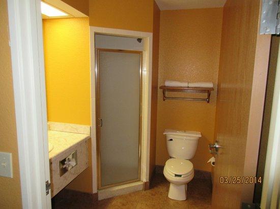 Parkfield Inn Warsaw: Hot Tub Suite