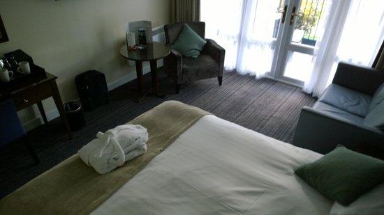 The Bridge Hotel: Room2
