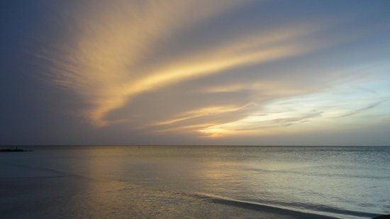 Holbox Dream Hotel by Xperience Hotels: Sky on the beach at dusk