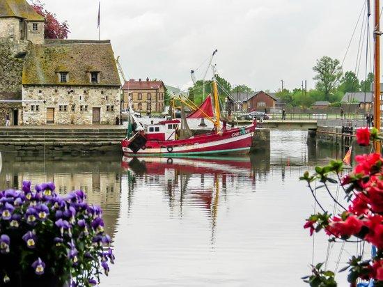 Le Vieux Bassin: Гавань Онфлера