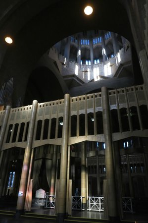 basilica of the sacred heart intrieur pur 1930