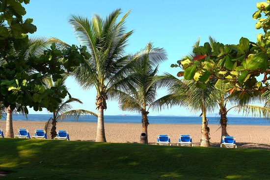 Doubletree Resort by Hilton, Central Pacific - Costa Rica: View to the Beach