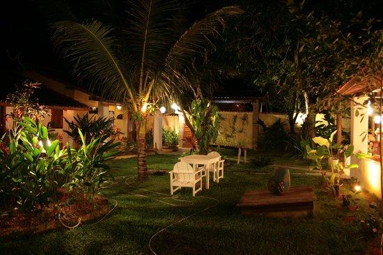Pousada Jardim das Margaridas: jardim