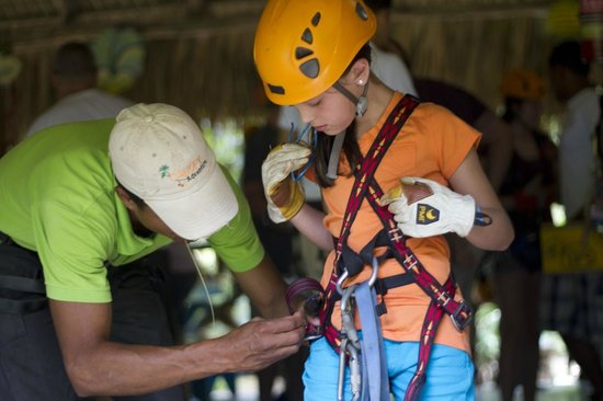 Canopy Adventure Zip Line Tours : Professional Guides taking in care of our loved ones