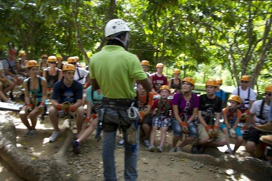 Canopy Adventure Zip Line Tours : breefing