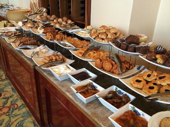 The Table Bay Hotel: Part of the breakfast spread.