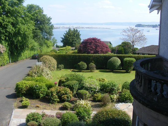 Rosslea Hall Country House Hotel: Gardens