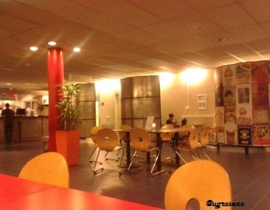 Stayokay Hostel Amsterdam Vondelpark: Spacious but easy