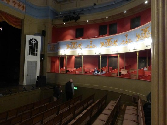 Theatre Royal: The boxes to the rear