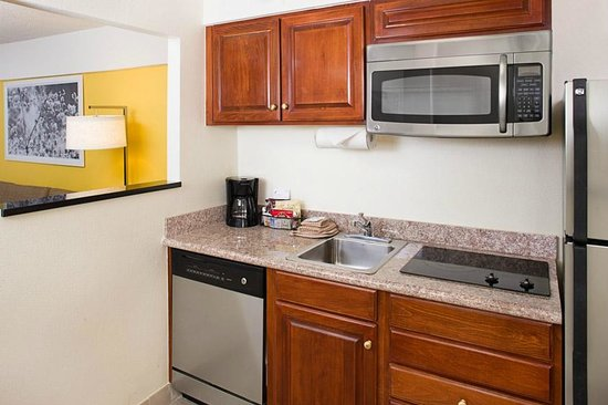 Residence Inn Washington, DC/Foggy Bottom : Guest Room Kitchen