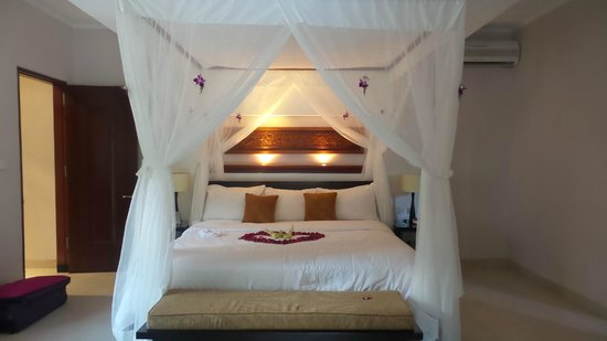 The Kunja Villas & Spa: The most comfortable bed ever!