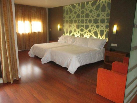 Hotel Granada Palace: Habitación