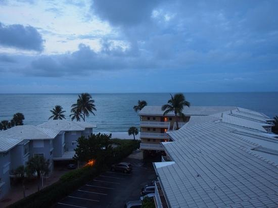 Edgewater Beach Hotel: View from room 503.